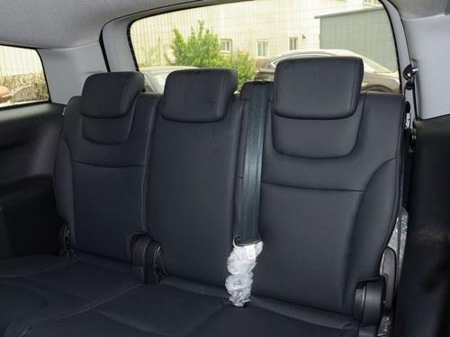 纳智捷大7 MPV车厢座椅