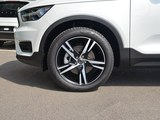 2019款 沃尔沃XC40 T5 四驱运动日暮水晶白