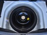 2017款 卡罗拉 改款双擎 1.8L E-CVT领先版
